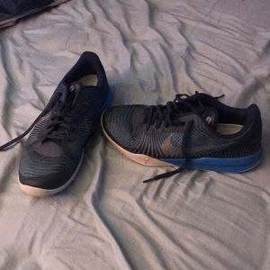 Used Nike Kobe Sneakers Men's Size 11